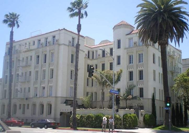 Charmont_Apartments%2C_Santa_Monica